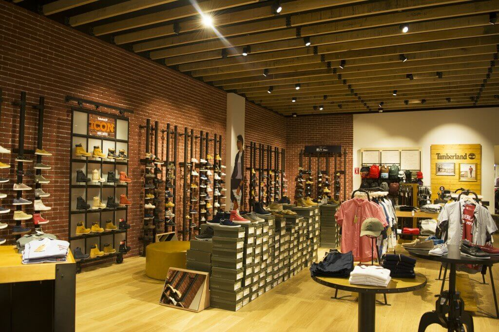 Location | Al Hamra Mall, Riyadh, Saudi Arabia The Rustic Local Made Steel  Cladding Feels Vintage And Made The Shop Front Of Timberland Standing Out